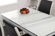 Фото 4 Практичная альтернатива классике и раннерам: 70 стильных силиконовых скатертей на стол