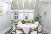 Фото 14 Скатерть на круглый стол: избранные идеи для интерьера, стили и особенности материалов