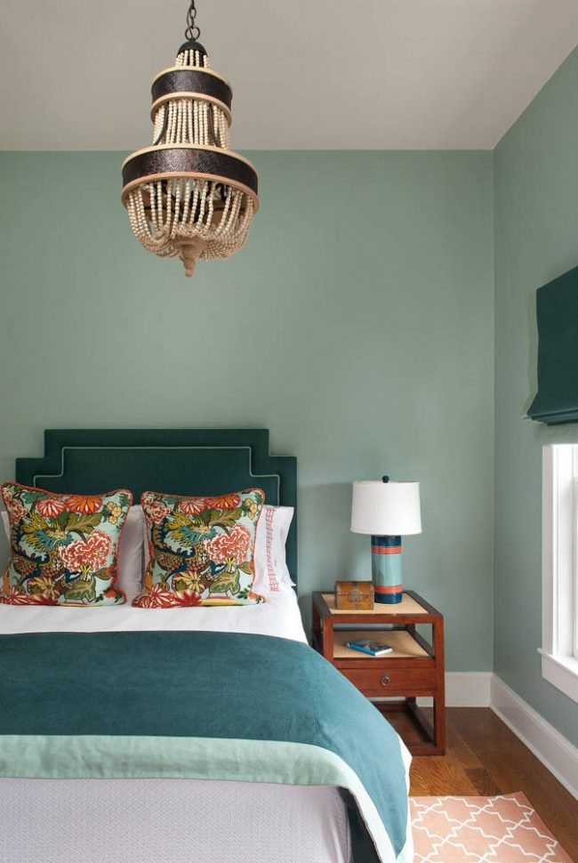 Глубокий изумрудный цвет - выбор ценителей оригинальных и аристократических интерьеров