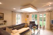 Фото 20 Полная иллюминация: что нужно знать о световых панелях на потолок? Конструкции, плюсы и минусы