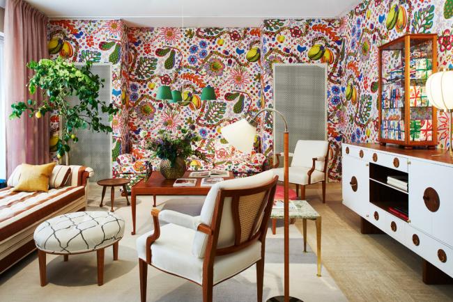 Смелая эклектика в дизайне интерьера гостиной