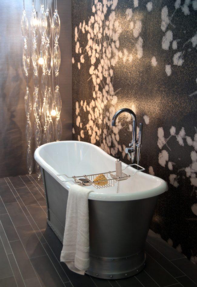 Оригинальная подсветка поможет сделать ванные процедуры незабываемым ритуалом