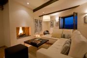 Фото 3 Под солнцем Тосканы: 60+ идей для роскошного интерьера гостиной в итальянском стиле