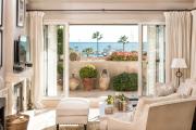 Фото 35 Под солнцем Тосканы: 60+ идей для роскошного интерьера гостиной в итальянском стиле