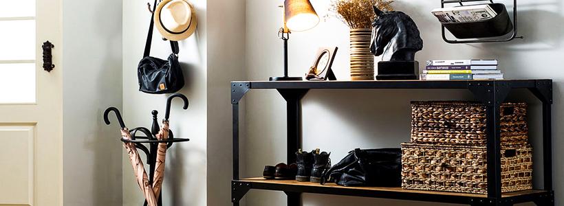 Выбор аристократа — кованые прихожие: 75+ стильных вешалок, обувниц и банкеток для элегантных интерьеров