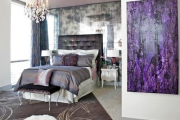 Фото 12 Бело-фиолетовая спальня: советы дизайнеров по гармоничному сочетанию оттенков