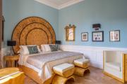 Фото 24 Шоколадное настроение: как стильно оформить спальню в коричневых тонах ?