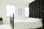 Фото 22 Тренд сезона — элегантный монохром (65 фото): подборка роскошных вариантов черных и темных обоев для интерьера