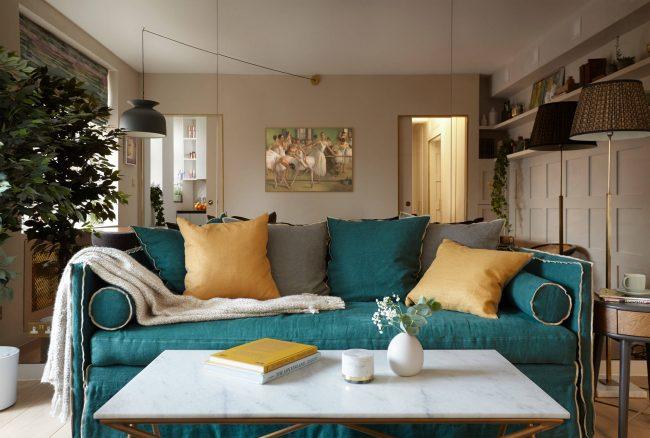 При грамотном зонировании однокомнатной квартиры места и пространства хватит на все необходимые зоны и предметы мебели