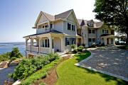 Фото 5 Фронтоны частных домов: виды конструкций, обшивка и варианты монтажа