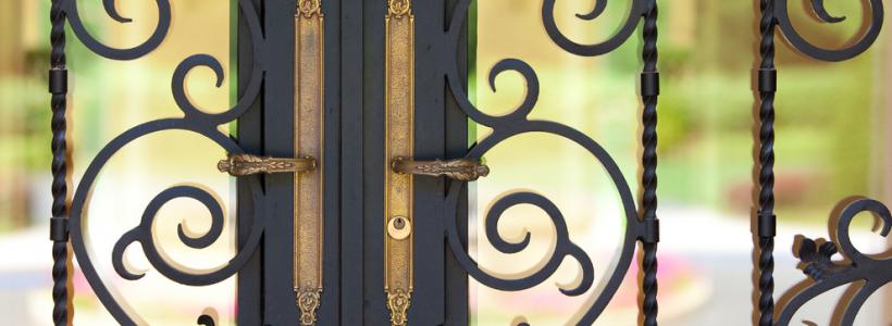Кованые двери (65 фото): изысканность эпохи возрождения и модная тенденция