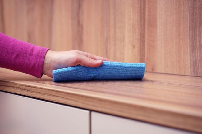 Чтобы Ваша мебель дольше прослужила, не забывайте периодически за ней ухаживать