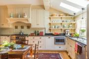 Фото 23 Кухни из массива дерева: советы по выбору и обзор лучших производителей от Leicht до Haecker