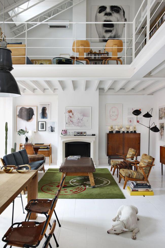 Ретро стиль интерьера двухуровневой квартиры-студии
