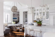 Фото 10 Дизайн кухни площадью 15 кв. метров с диваном: рекомендации дизайнеров и стильные идеи планировки