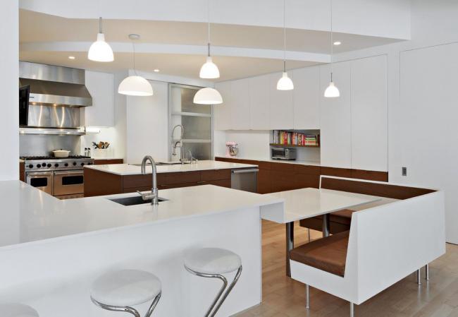 Стильный дизайн современной кухни с применением нестандартной мебели