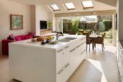 Фото 25 Дизайн кухни площадью 15 кв. метров с диваном: рекомендации дизайнеров и стильные идеи планировки