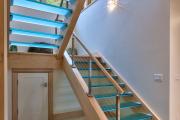Фото 17 Лестницы из стекла: все, что нужно знать о монтаже и эксплуатации