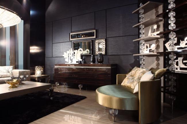 Колористическая палитра интерьера отличается пронзительной чистотой и резкими контрастами