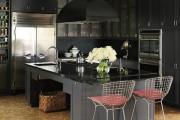 Фото 10 Островные вытяжки для кухни: ТОП-5 популярных моделей на рынке
