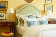Фото 1 Охра, лимонный и цитриновый: 60+ теплых идей для дизайна спальни в желтых тонах