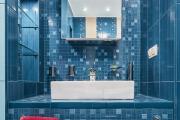 Фото 8 Выбираем столешницу для ванной из мозаики: дизайн, материалы и особенности укладки