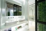 Фото 20 Выбираем столешницу для ванной из мозаики: дизайн, материалы и особенности укладки