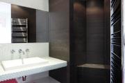Фото 23 Выбираем столешницу для ванной из мозаики: дизайн, материалы и особенности укладки