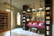 Фото 24 Выбираем столешницу для ванной из мозаики: дизайн, материалы и особенности укладки