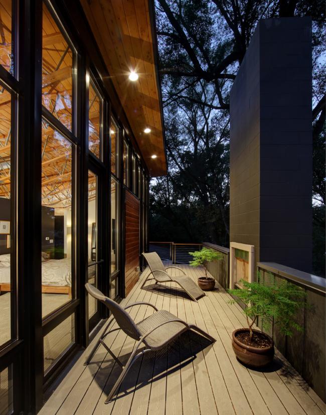 LED-подсветка по периметру крыши