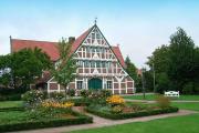 Фото 2 Бюргерское счастье и фахверк: проектируем загородный дом в немецком стиле (60+ фото готовых проектов)