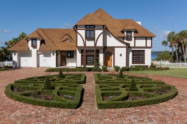 Гармоничное сочетание фасада и ландшафта