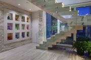 Фото 6 П-образная лестница на второй этаж (60+ фото): стильные дизайнерские лестницы в интерьерах 2019 года