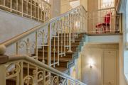 Фото 10 П-образная лестница на второй этаж (60+ фото): стильные дизайнерские лестницы в интерьерах 2019 года