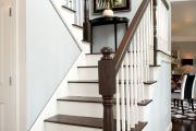 Фото 18 П-образная лестница на второй этаж (60+ фото): стильные дизайнерские лестницы в интерьерах 2019 года