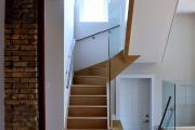 Фото 22 П-образная лестница на второй этаж (60+ фото): стильные дизайнерские лестницы в интерьерах 2019 года