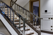 Фото 5 П-образная лестница на второй этаж: виды конструкций и особенности выбора материалов