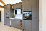 Фото 8 Нюансы выбора прямой кухни 4 метра: обзор вариантов и советы дизайнеров