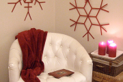 Фото 12 Как украсить комнату на Новый год 2021: 60+ невероятно уютных идей праздничного декора