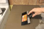 Фото 8 Бетонная столешница на кухне (80+ фото моделей): плюсы-минусы, уход и монтаж своими руками
