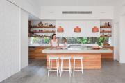 Фото 3 Бетонная столешница на кухне (80+ фото моделей): плюсы-минусы, уход и монтаж своими руками