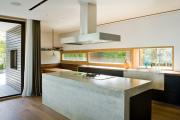 Фото 28 Бетонная столешница на кухне (80+ фото моделей): плюсы-минусы, уход и монтаж своими руками