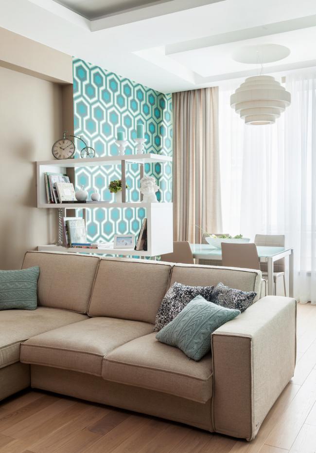 Удачный пример зонирования с помощью мебели