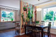 Фото 15 Фреска на кухне в интерьере: обзор ярких дизайнерских идей и способы укладки своими руками