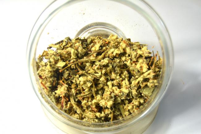 Чай из соцветий коринки снимет напряжение и успокоит нервную систему