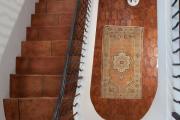 Фото 9 Керамическая плитка для лестницы (60+ фото): виды, варианты укладки и советы экспертов