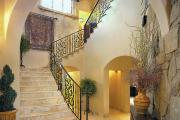 Фото 22 Керамическая плитка для лестницы (60+ фото): виды, варианты укладки и советы экспертов