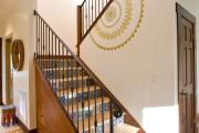 Фото 2 Керамическая плитка для лестницы (60+ фото): виды, варианты укладки и советы экспертов