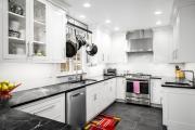 Фото 28 Дизайн кухни 8 кв. метров: функциональные идеи и современные варианты отделки