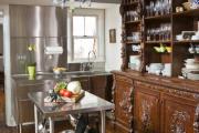 Фото 26 Дизайн кухни в деревенском доме: уютный кантри, теплый шале или утонченный прованс?